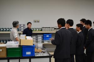 実習中の玉名工業出身の学生の写真
